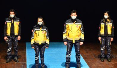 112 Acil Personelinin Kıyafetleri Uşak Üniversitesi DTS Tasarım Merkezinde Tasarlandı