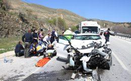 Kula'da kazada ağır yaralanan yaşlı adam kaldırıldığı hastanede yaşamını yitirdi
