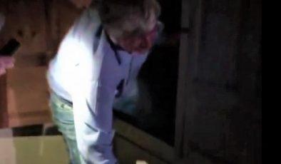 Kumar operasyonunda ceza yememek için kıyafet dolabına saklandı