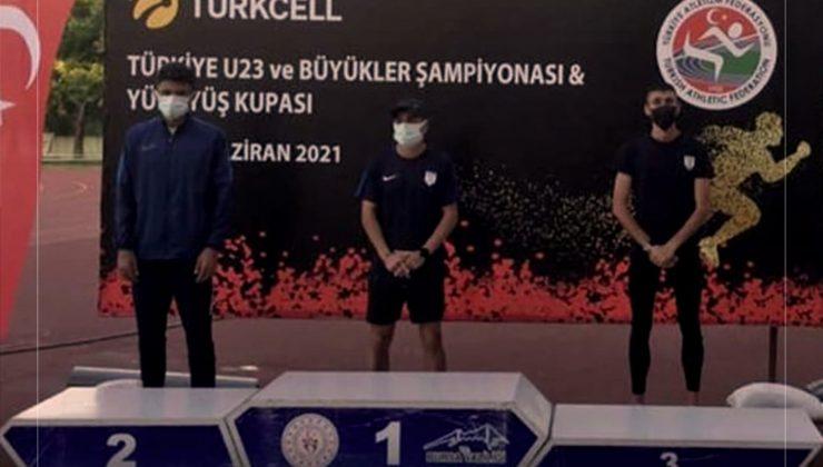 Uşaklı sporcu Mehmet Çelik, Türkiye Şampiyonu oldu.