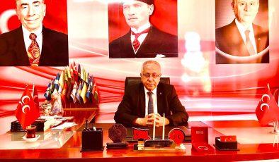 MHP Uşak İl Başkanı Ayhan KINDEN, Uşak halkının Kurban Bayramı'nı kutladı.