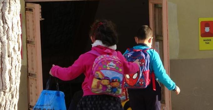 Uşak'ta 60 bin 81 öğrenci eğitime başladı