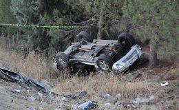 Hurdaya dönen otomobilden ağır yaralı çıkarılan sürücü hastane yolunda hayatını kaybetti